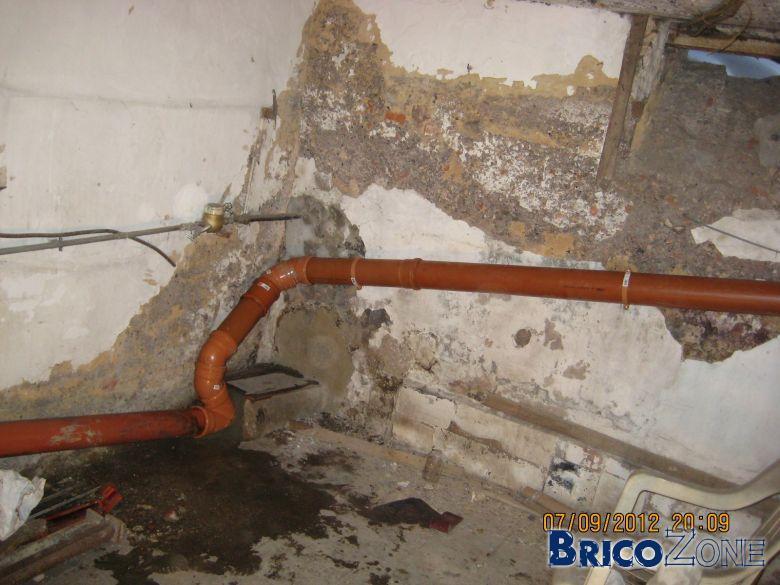 Emplacement pour piquet de terre dans une cave for Installer piquet de terre