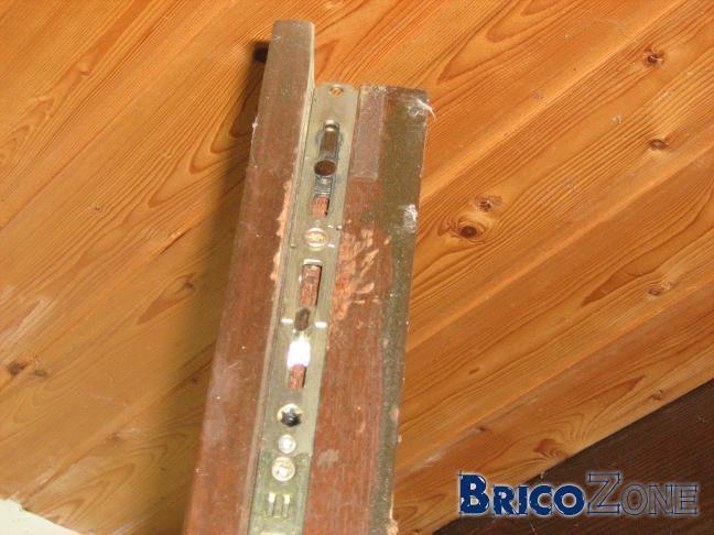 Probl me avec une fen tre en bois oscillo battant qui n 39 ouvre plus - Demonter fenetre oscillo battant ...