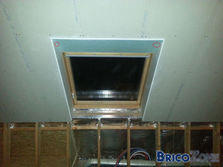 Probl me finition placo fen tre de toit for Remplacer une fenetre de toit