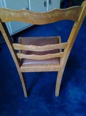 Chaise bois - tâche