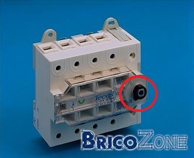 est ce que c'est la même chose bornier interruptible 125A et Sectionneur rotatif 125A