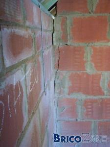 Fissures dans murs