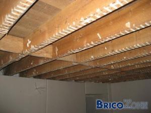 Lattage plafond