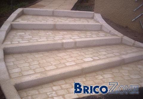 Help recouvrement escalier ext rieur en beton for Pierre pour marche escalier exterieur