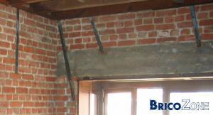 Préparer au plafonnage (linteaux, languette metallique...)