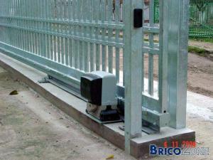 Fabrication d 39 un portail - Fabriquer un tiroir coulissant ...