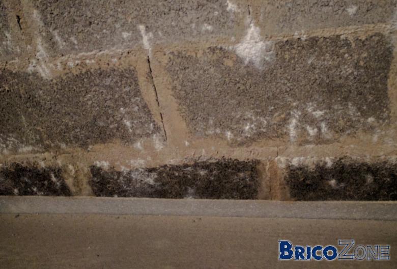 Infiltration eau blocs beton cave
