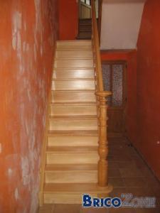 Besoins d'avis de sp�cialiste - Menuisier pour finitions pose escalier