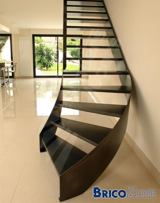 Escalier quart tournant en bas et en haut - Escalier quart tournant haut gauche ...