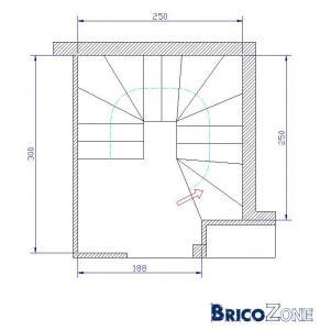 idée d'escalier dans un espace de 2.5 m x 3.0 m