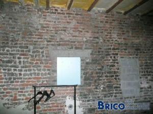 Le plafonnage est il isolant for Plafonnage mur exterieur