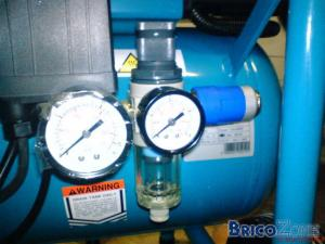 Question sur r�cipient dans compresseur sans huile Makita AC1300