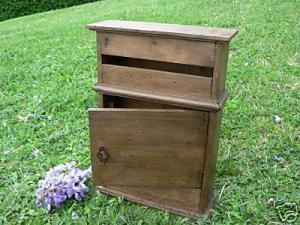 cherche bo�te aux lettres en bois