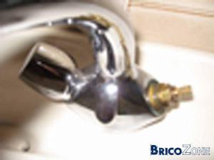 impossible dévissé corps du robinet
