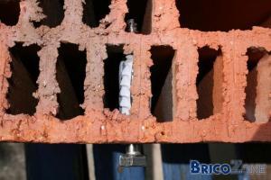 Fixer / forer dans des briques porotherm