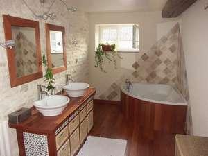 Montrez moi vos salles de bains svp :-)