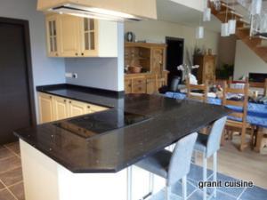 granit de cuisine �quip�e