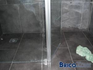 Catastrophe dans ma douche italienne for Etancheifier joint carrelage