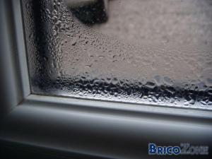 Condensation chassi double vitrage for Fenetre double vitrage avec aeration
