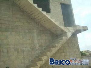 Escalier en béton coulé... dans le mauvais sens