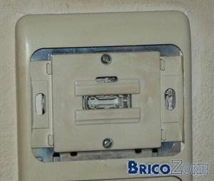retirer une plaque d'interrupteur