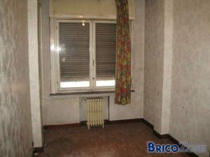 poutre gênante dans immeuble à appartements