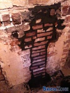 Plaque pour fermer conduit de cheminée