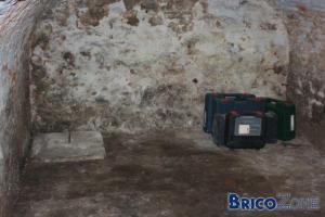 Beautiful amenagement cave vout e images - Isoler une porte de cave ...