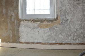 r novation vieux murs faut il arracher toute les couches. Black Bedroom Furniture Sets. Home Design Ideas