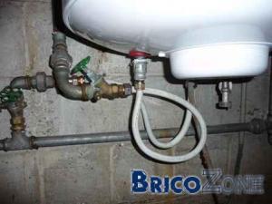 Pression eau chaude très faible (4l/min)