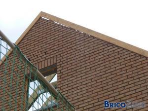 écart charpente avec Pignon et murs façade