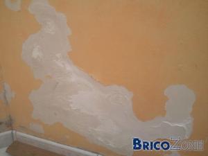 Prob avec mur humide que faire comme finition dans mon cas - Chambre humide que faire ...