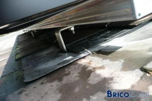 Etanchéité patte fixation sur toit ardoise artifificielle