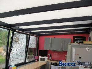 poser un faux plafond dans la v randa. Black Bedroom Furniture Sets. Home Design Ideas