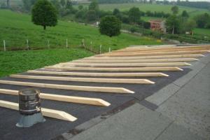 Panneaux sur roofing pente 15° + avis