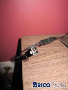 Connecteur 12V Bizarre. Comment s'appele-t-il ?