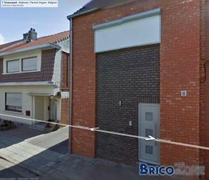 Belle maison, Briques inconnues