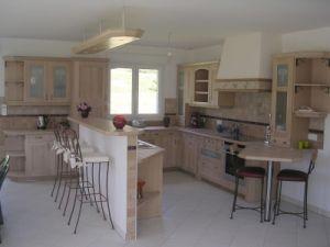 Peindre une cuisine en chene - Cuisine couleur sable fin ...