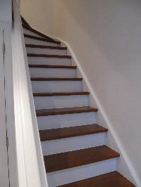 La r novation de mon escalier en bois venis for Peinture marche escalier