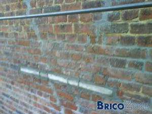 Fissure importante dans un mur de fa�ade Que faire ???