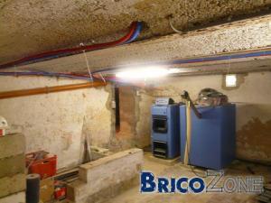 PU projet� sur plafond de cave (voussettes)