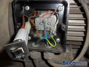 Fusible automatique de compresseur déclenche