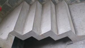 Escalier b�ton cr�maill�re (coffrage photos)