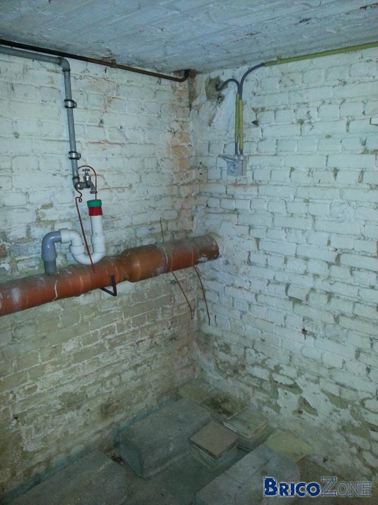 Humidit murs maison ancienne des de consomation de - Murs humides maison ancienne ...