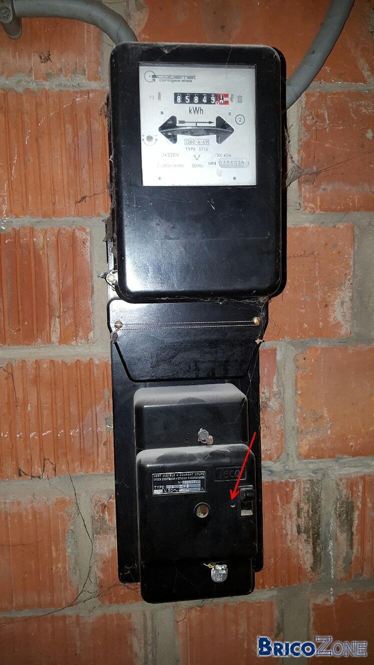 Comprendre les renseignements d'un vieux compteur électrique et son boitier TECO