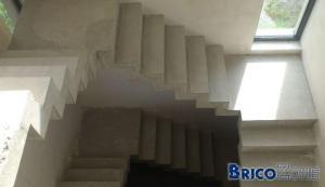 Protection escalier beton brut