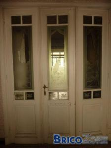 Ancienne porte avec vitres grav�es!