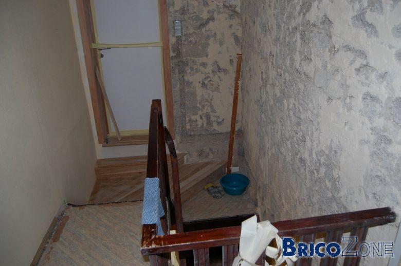 pose moquette dans un escalier. Black Bedroom Furniture Sets. Home Design Ideas