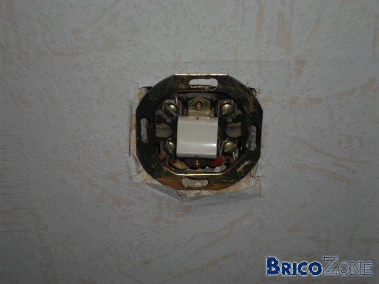 Aide pour changer un interrupteur