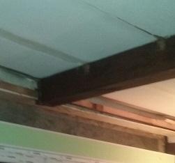 poutre en bois scell� dans un linteau